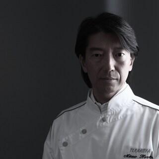 食と文化の世界を追求する~3代目オーナーシェフ・間光男氏~