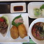 東一 - おいなりプレート&こんにゃく寿司
