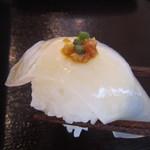 東一 - 白こんにゃくのお寿司