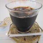 東一 - 食後のアイスコーヒー