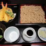 石挽蕎麦と炭串焼 一成 - 料理写真:天ぷら付きせいろ蕎麦