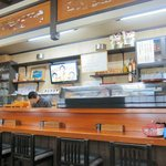 海鮮 お食事処 大橋 - まだ若いですが、仕事ぶりがきれいで丁寧な板さん