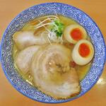 吉風  - 料理写真:塩ラーメンwith味玉&チャーシュー2枚