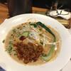 スプレッド - 料理写真:坦々麺 690円