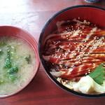 かん田新月 - 穴子丼と味噌汁