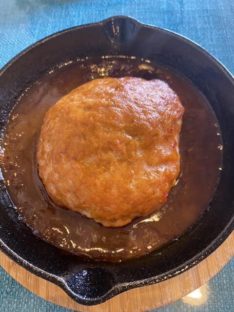 クールカフェ 究極ハンバーグと鉄板フレンチトーストのお店の料理の写真