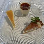 レ・スリジェ - イチヂクのタルト、チーズケーキ、上品なプリン