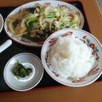 福臨 - 日替ランチB野菜炒め+唐揚げ(2ヶ)定食