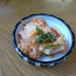 13412238 - めしに付いてくる白菜キムチ