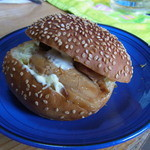 焼き立てパンの店 パンパカパン - 料理写真:【2012.06. 初訪】 テリヤキチキンとお野菜のバンズ180円