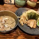 ラーメン 龍の家 - つけ麺もつ(並250g)900円
