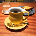 アイオライト コーヒーロースターズ - ブレンドコーヒー 470円