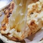 インドレストラン バーワルチー - 引きちぎる これがナンの最大の萌えポイント♡
