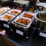 ユーフォニー - 特製ビーフカレー・プチハンバーグ&ソーセージ・チキンのねぎ味噌焼き・ホイコーロー・麻婆豆腐