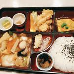 上海楼 横堀店 - 八宝菜弁当