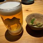 駱駝別邸 - 生ビールとお通し