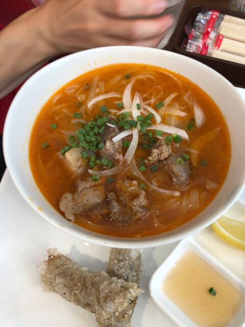 アジアの屋台飯LOTUSの料理の写真