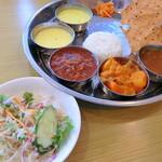 ミライ 南インド料理 - 料理写真:ミールスセット