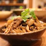 煮炊き すずなり - 牛肉と舞茸のしぐれ煮