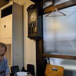 134186584 - 平井堅な「大きな古時計」風味な時計