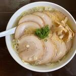らーめん 三福 - チャーシュー麺(塩) 1000円税込 見た目も味も◎