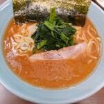 横浜家系 侍 - らーめん
