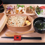 小鍋とかしわ 華まる - ランチ「鶏三昧定食」