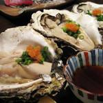 はな穂 - 岩牡蠣酢 プリンとした牡蠣は鮮度抜群でした!サイズも大きく大満足の一品です。