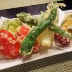 134203135 - 季節野菜の天ぷら