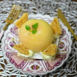 オーボナクイユ - 料理写真:まるごとピーチ