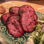 芳寿豚専門 とんかつ・豚しゃぶ 新町なみなみ - 雲仙ハムの炙り焼き