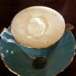 珈琲屋らびっと - ウィンナコーヒー