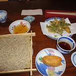 ともゑ庵 - 料理写真:天婦羅ざるそば1200円に黒米いなり100円を追加しました