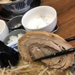 ラーメン ぶぅさん - 料理写真: