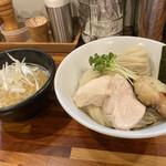134211263 - 銀ダラ浅利塩つけ麺