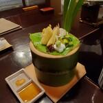 134215834 - 地こんにゃくと胡麻豆腐 竹で涼しげです。