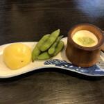 亀戸・養生料理 高の - お通し(豆腐、枝豆、ジャガイモ)