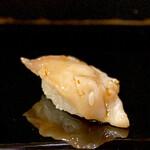 134221137 - ホッキ貝の網焼き