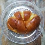 パンのトラ - 【人気No.3】 ◆トラのクリームパン◆160円♪