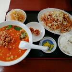 福源 - 料理写真:油淋鶏定食(担々麺追加)(825円)