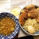 ラーメン二郎 - 【テイクアウト】SHつけ麺(ノーマル)調理+盛り付け後