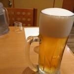カレーうどん せんきち - ドリンク写真:ビールが来た後