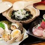 湘南浜焼きセンター 海女小屋 - 定食メニューが充実!