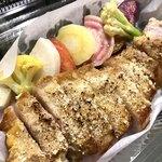 Caffè ソライ屋 - 【テイクアウトランチ】お肉料理(豚のマスタードパン粉焼き)