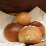 玉木 - 2種類のパン
