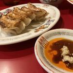 中国家庭料理 上海や - ギョーザ