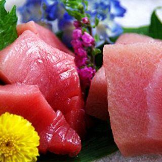 築地から毎日買い付け!その日仕入れの新鮮魚介類をご賞味ください♪