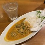 梟 - 料理写真:タイ風カレー