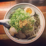 麺処あきら - 料理写真:黒王ラーメンネギトッピング