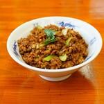 中華麺キッチン まくり - 黒酢半チャーハン